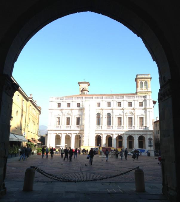 Hotel Piazza Vecchia i Città Alta i Bergamo.
