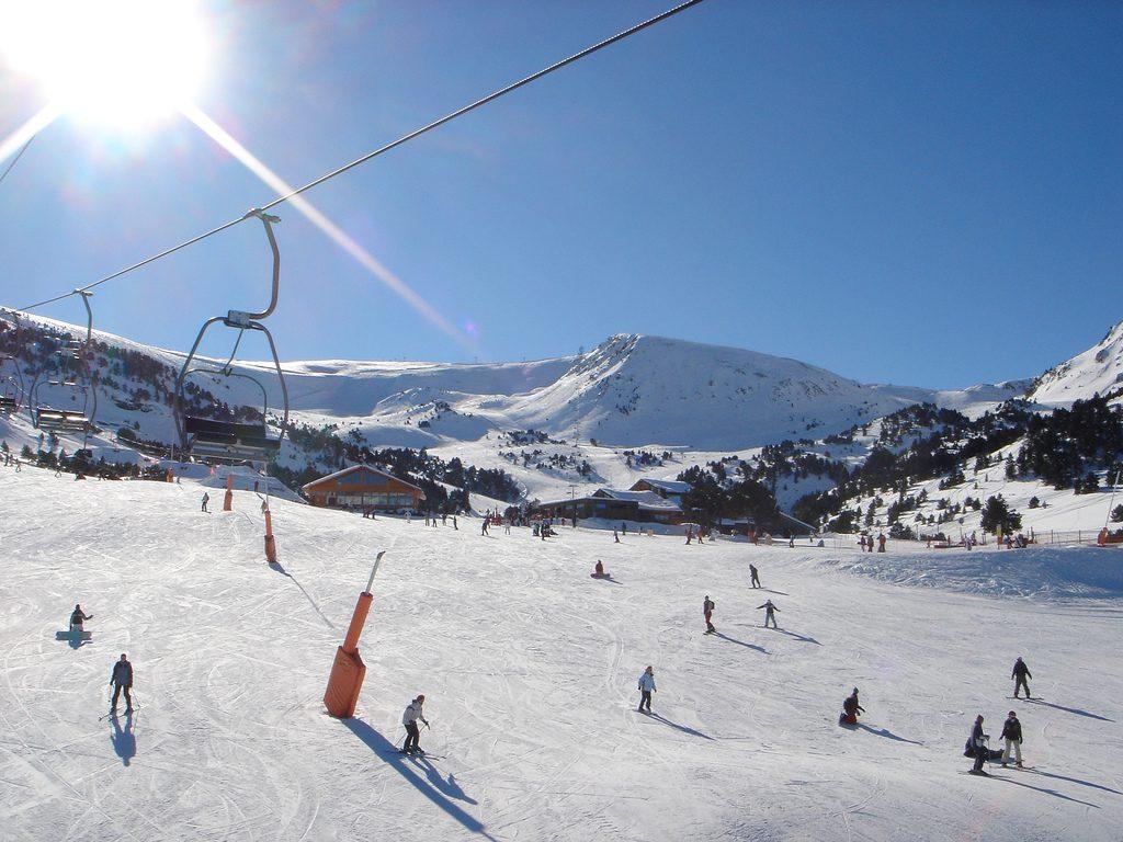 skiing_in_andorra